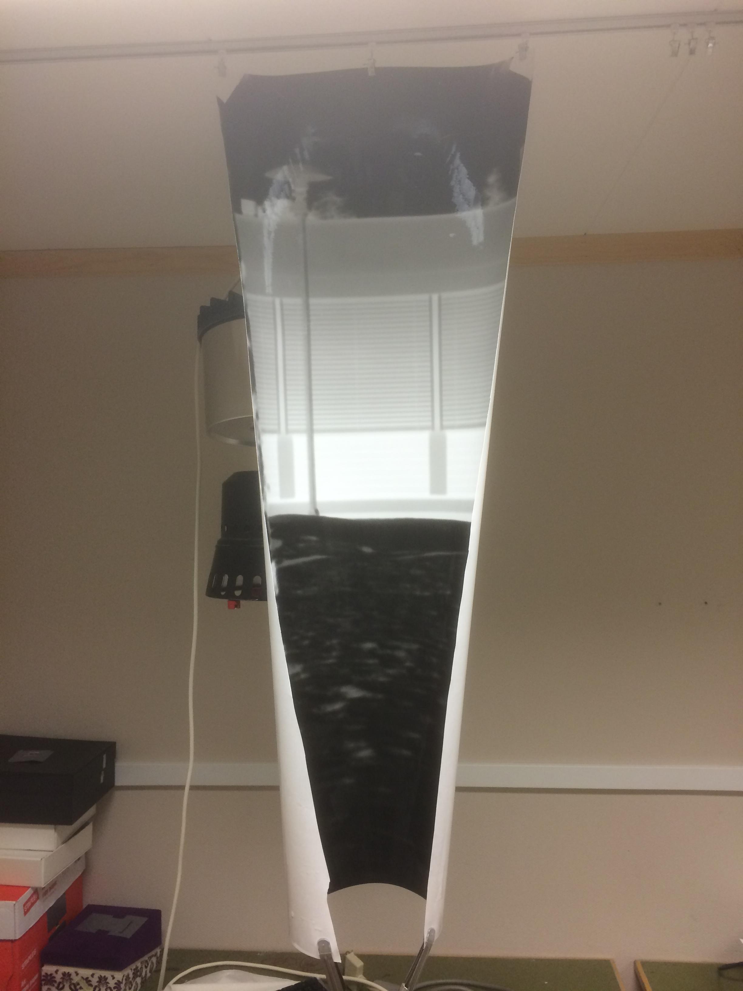 """Teststrip"" på 40x100cm henger til tørk"